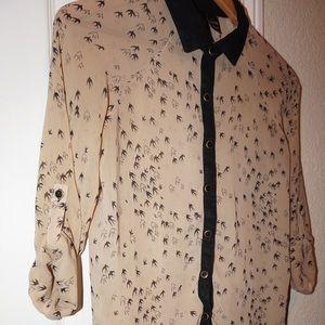 Fun & Flirt XS Button-up Blouse (Bird Print)